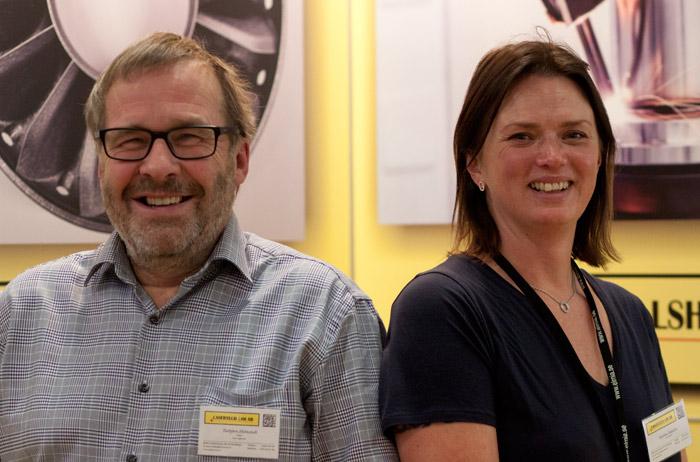 Torbjörn Holmstedt og Karolina Johansson på Lasertech.
